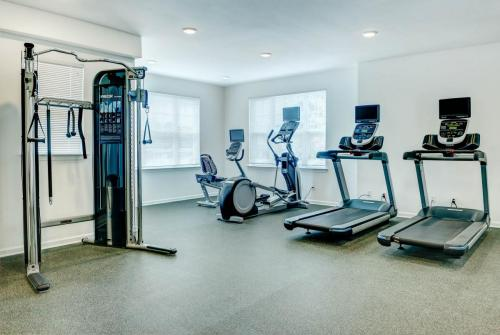 Hampshire Crossing Fitness Center